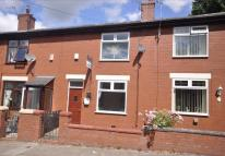 2 bedroom Terraced house to rent in King Street, Heywood...