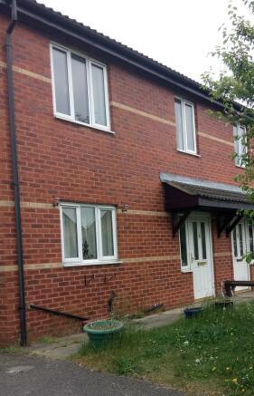 3 bedroom semi detached house to rent in braithwell road for Garden room braithwell