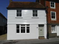 2 bedroom Cottage in High Street...