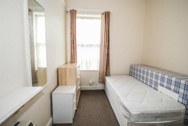Flat 3 (Bedroom)