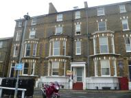 Flat to rent in Chandos Square...