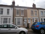 3 bedroom house to rent in Cornwall Road...