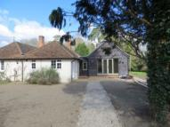 3 bed semi detached home to rent in HENLEY-ON-THAMES-REMENHAM HILL