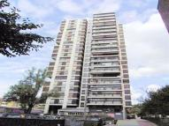 2 bed Flat in Crossmount House Bowyer...