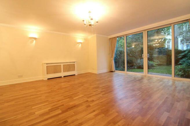 lounge2belsize.jpg