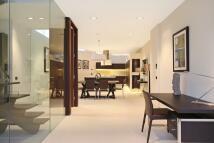 2 bedroom Terraced property in Grosvenor Gardens Mews...