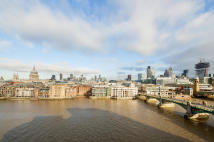 4 bedroom Flat in South Bank, Tower Bridge...