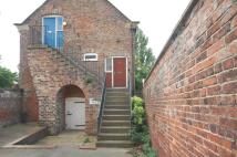 Flat to rent in 2 Rodgers Mews...