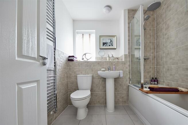 Main bathroom - TMP TW Bowbrook Aug 2016 2452 1