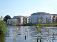 Apartment in Bridge Wharf, Chertsey...