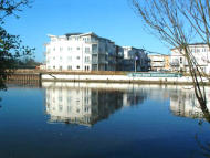2 bedroom Apartment in Bridge Wharf, Chertsey...