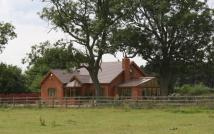 4 bedroom Equestrian Facility house in Austrey Lane...