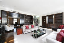 3 bedroom Penthouse to rent in Eaton Place, Belgravia...