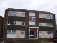 2 bed Ground Flat in Durling Court...