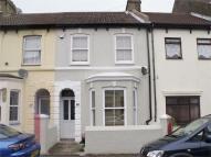 2 bedroom Terraced home in Nile Road, Gillingham...