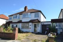 4 bedroom semi detached house in Tolworth