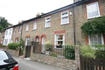 Cottage to rent in Surbiton