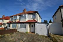 3 bed semi detached home to rent in Tolworth