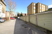Garage to rent in Maple Road, Surbiton