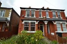 2 bed Ground Maisonette to rent in Bond Road, Surbiton