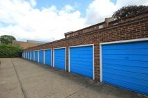 Surbiton Garage to rent