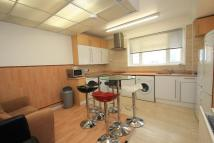 5 bedroom Maisonette in Surbiton