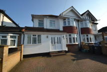 semi detached property to rent in Surbiton