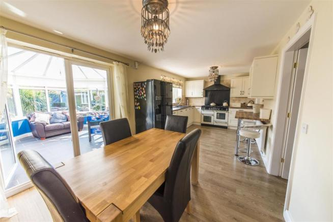Dining Kitchen.jpg