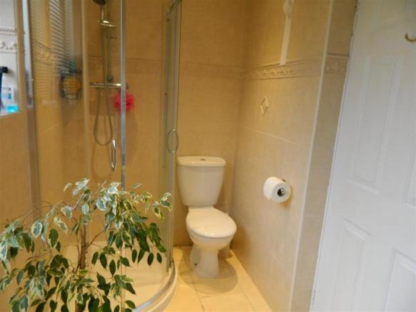 Main Shower Room.JPG