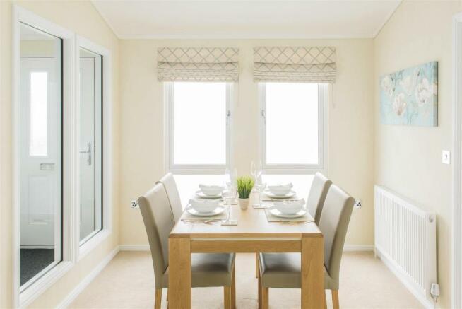 03 Dining Room.jpg