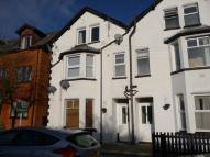 Flat to rent in Craven Road, Newbury...