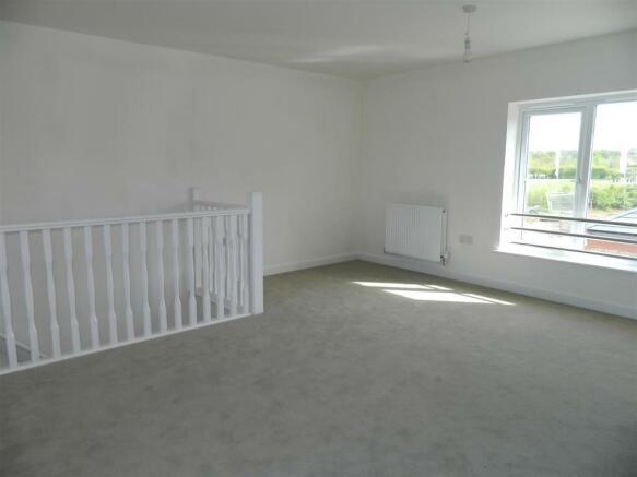 LoungeDining Room.JP