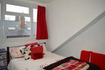 4 bed Terraced property in Mayville Street, Leeds...