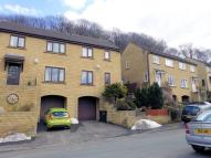 Town House to rent in 87 Ravenstone Drive...