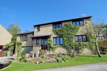 Detached home for sale in Ravenstone Drive...