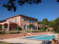 Detached Villa to rent in 'Villa Amarella'...