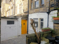 Flat in OXFORD STREET, Todmorden...