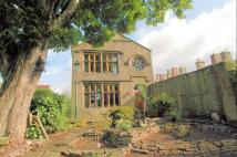 4 bedroom Detached home for sale in 'Greenhead' WALTROYD...