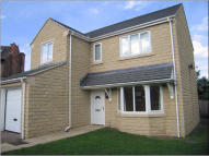 4 bed Detached house to rent in Green Park Drive...