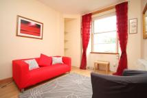 Flat to rent in 6/5 Smithfield Street...