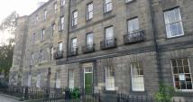 Flat to rent in 1 Gayfield Place Flat 4...