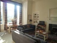 Flat in 2/1 Belgrave Crescent...