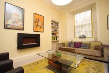 Flat to rent in 10b Oxford Terrace