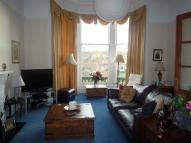Flat to rent in 14 Eglinton Crescent...