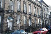 Flat in 6 Doune Terrace (1f)...