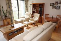 Flat to rent in 101/11 East London Street