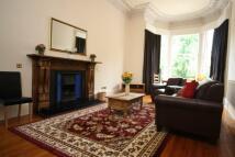 Flat to rent in 15.2 Douglas Crescent