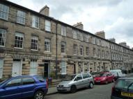 3 bed Flat to rent in 26 Cumberland Street...