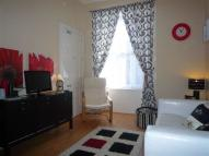 2 bed Flat in 13 (2F2) Marchmont...