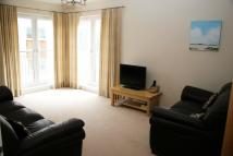 2 bedroom Flat to rent in Shaw Crescent